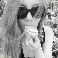 TaeRa's Photo