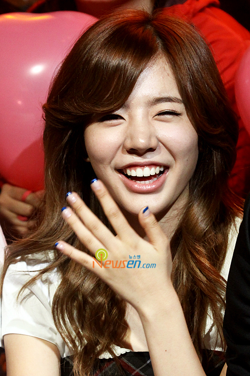 12 07 09 Snsd Sunny First Impression On Yoona Quot Girl
