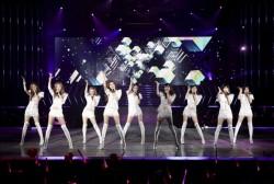 2011-Girls-Generation-Tour-Singapore.jpg