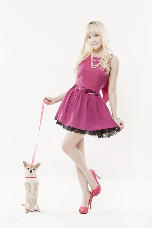 """Jessica habla de """"Legally Blonde"""" su aspecto y su sentido de la moda. Jessicainterview1"""
