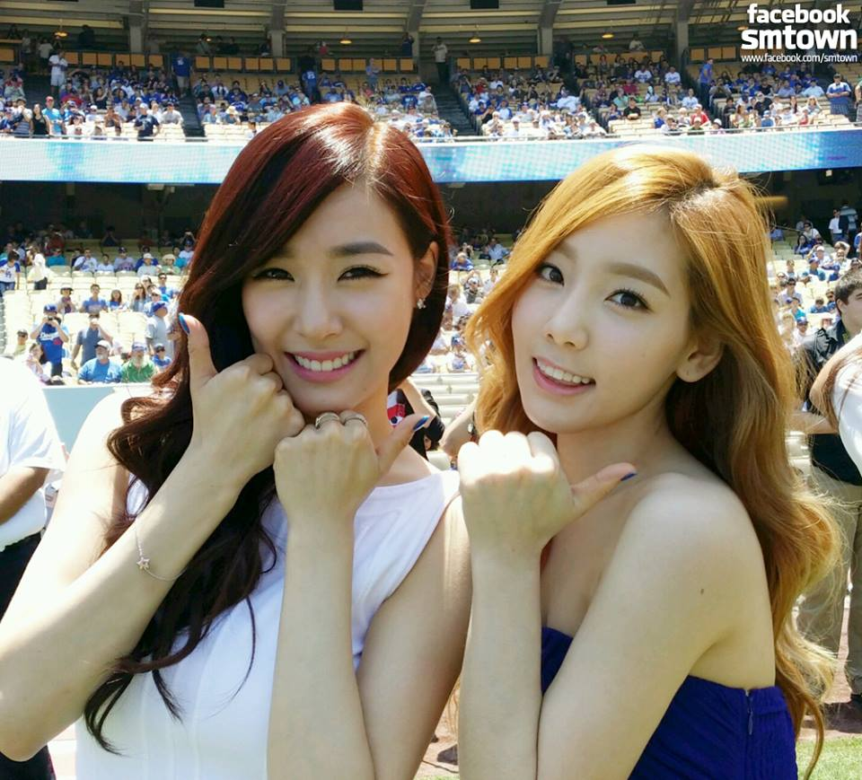 taeny posing after anthems
