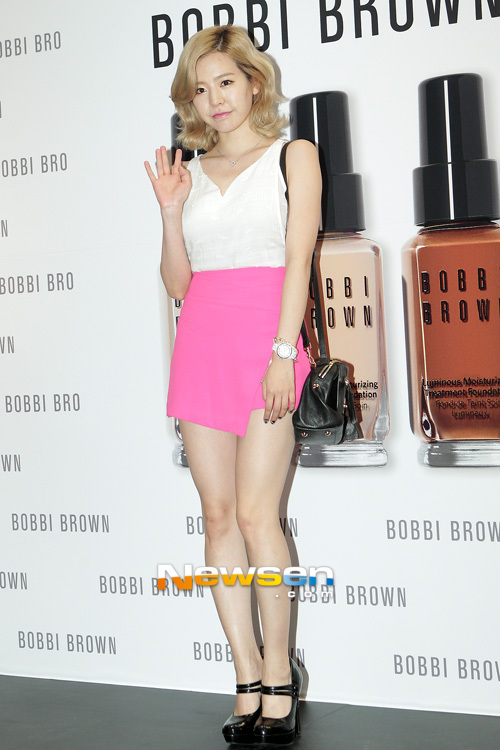 {130802} Sunny @ BOBBI BROWN 'Foundation Cafe' acto de apertura 201308021812212810_1