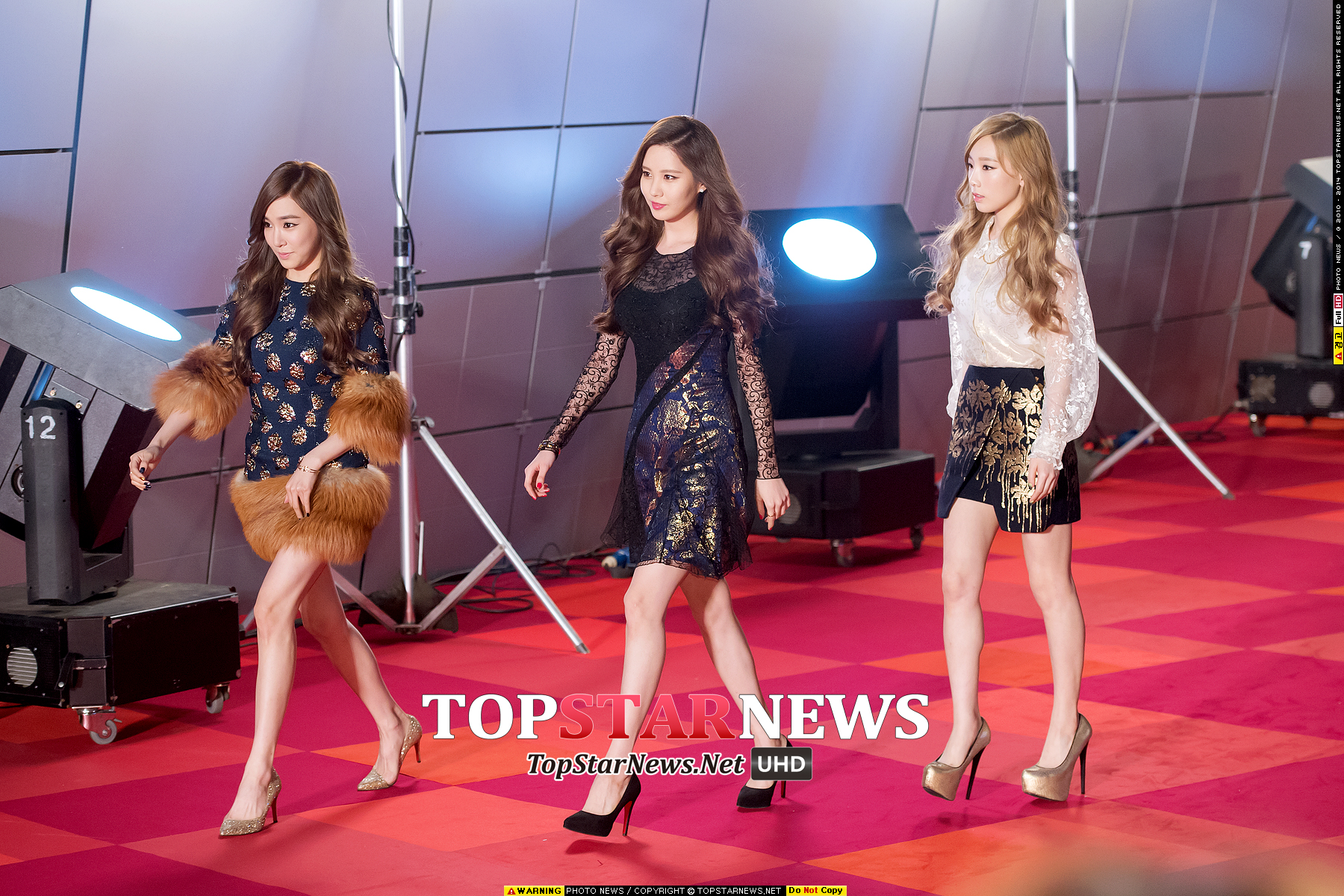 "[141028] Girls' Generation – TTS — ""Premios Style Icon 2014"" 1414496704-87-org"