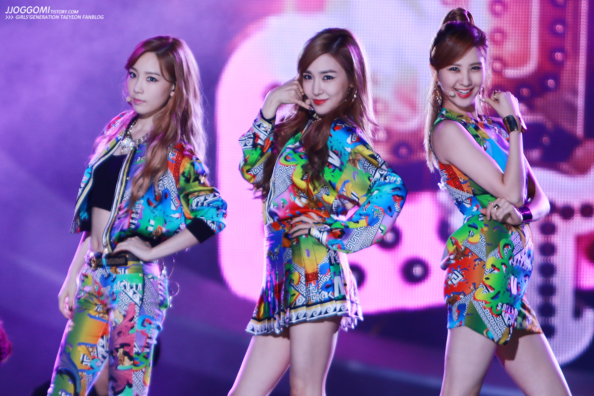 girls� generation � tts performs �holler� on mbc�s �show