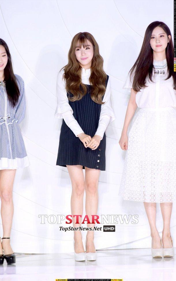 "[150129] Taeyeon, Tiffany y Seohyun — Ceremonia de Apertura de ""Fashion Kode 2015"" Snsd2"