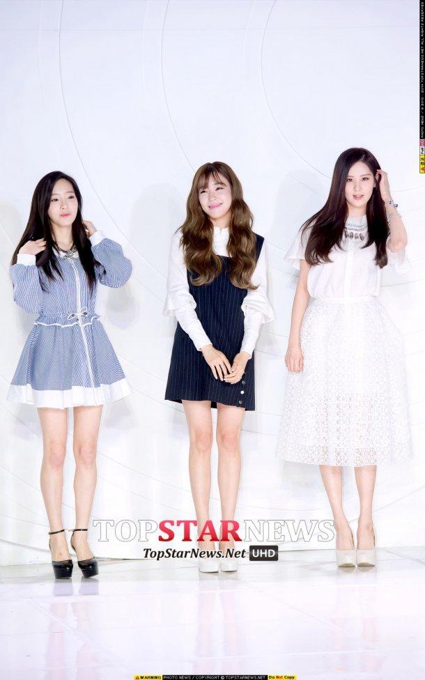"[150129] Taeyeon, Tiffany y Seohyun — Ceremonia de Apertura de ""Fashion Kode 2015"" Snsd3"