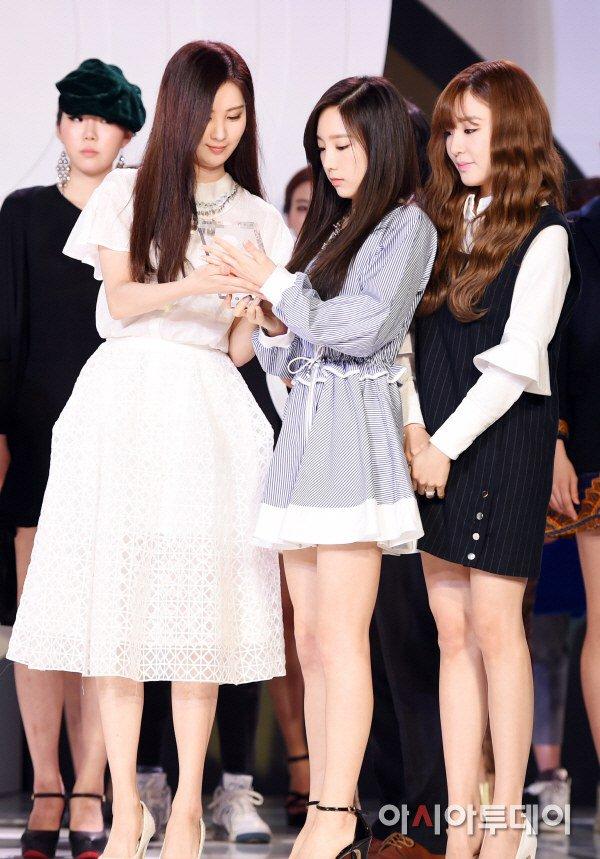 "[150129] Taeyeon, Tiffany y Seohyun — Ceremonia de Apertura de ""Fashion Kode 2015"" Snsd9"