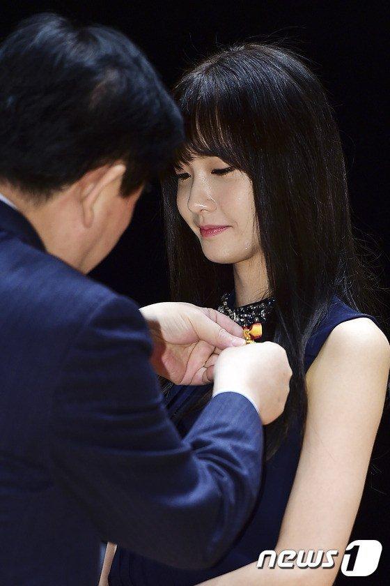"""Yoona Asiste al Evento numero 49 del """"Día del Contribuyente"""" Yoona27"""