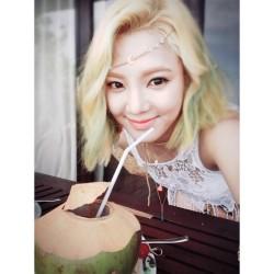 hyoyeon coconut