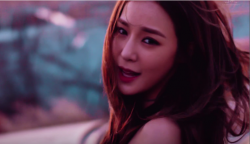 tiffany im sorry no screenshot can accurately capture your amazingness also im very bad at screenshots