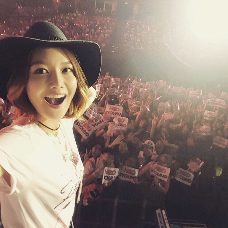 snsd sooyoung birthday with fans thailand,jpg
