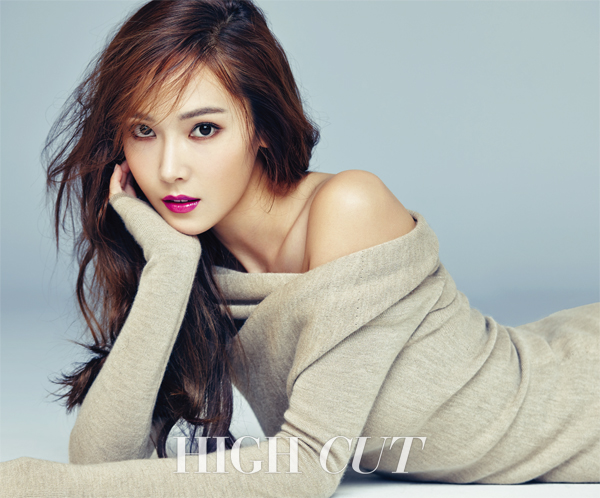 jessica-jung-high-cut-magazine-vol-163-2015-december-photos